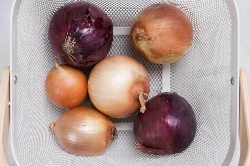 how long do onions last in the fridge