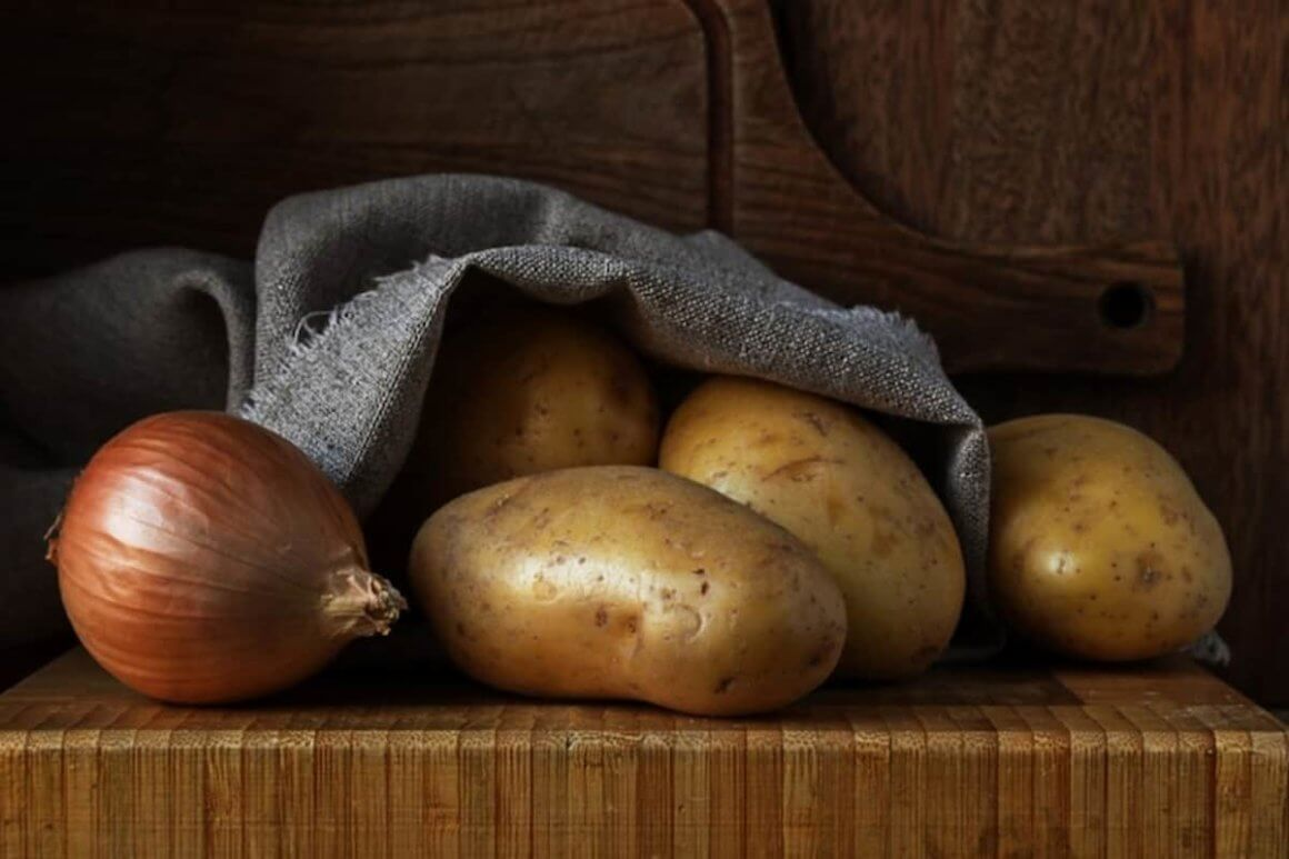 Potatoes and Onions should not be stored together